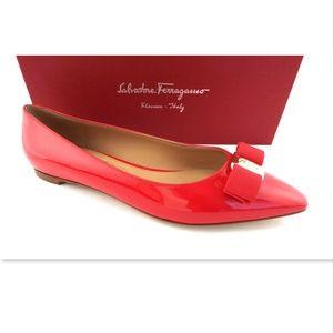 NIB FERRAGAMO Vara Logo Red Bow Ballet Flats 9.5